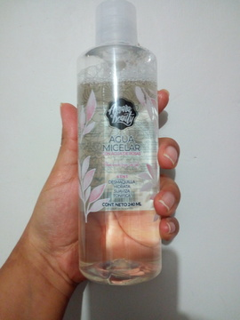 Agua Micelar con Agua de Rosas