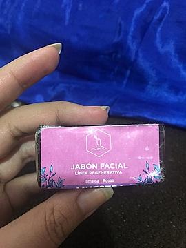 Jabón Facial Jamaica y Rosas