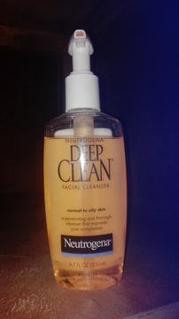 Foto de Neutrogena Limpiador facial Deep Clean
