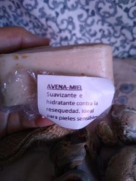 Foto de Cremêl Coconut Oil Wash - Jabón De Avena Miel