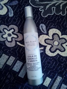 Shampoo de Cola de Caballo y Menta