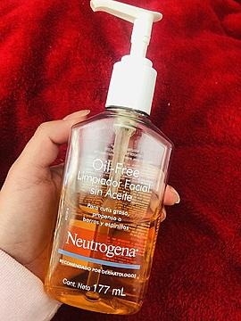 Oil Free Limpiador Facial Sin Aceite
