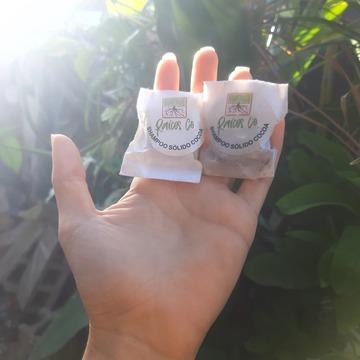 Foto de Raíces Co. Shampoo Sólido Equilibrio Y Nutrición, De Cacao