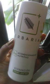 Foto de Erbaria Acondicionador Nutritivo