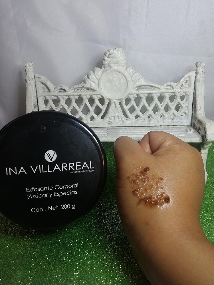 Ina Villarreal - Exfoliante corporal azúcar y especies