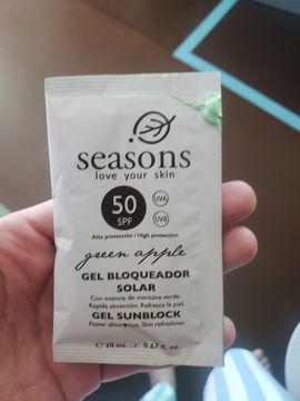Foto de Seasons Gel Bloqueador Solar FPS 50 Manzana Verde