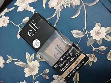 Foto de e.l.f. Maquillaje en Barra Cobertura Total