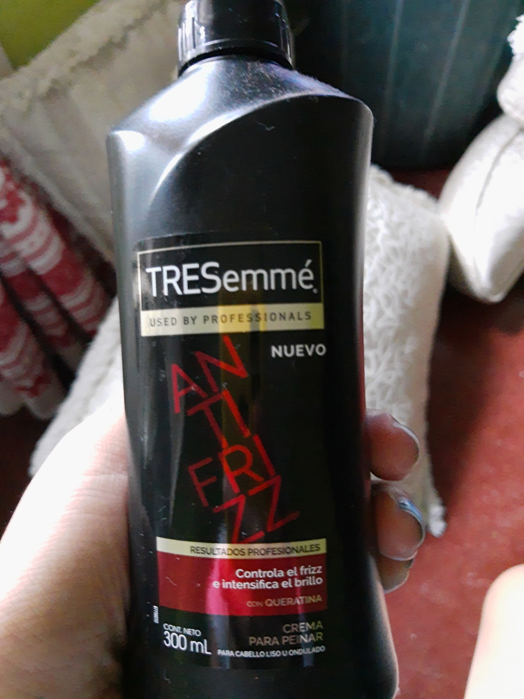 TRESemmé - Crema de Tratamiento Kerathin Smooth