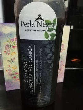 Perla Negra - Shampoo de Arcilla Volcánica