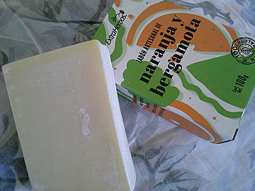 Extraherbos - Jabón artesanal de Naranja y Bergamota