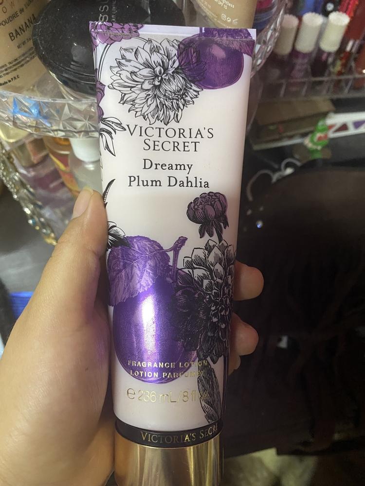 Victoria's Secret - Crema Corporal Dreamy Plum Dahlia