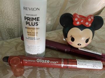 Foto de Revlon Sombra En Barra Colorstay Glaze Stick Luster