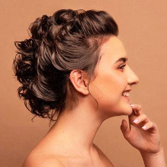 Glitzi - Peinado