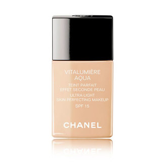 Chanel - VITALUMIÈRE AQUA