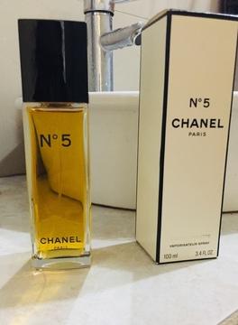 Foto de Chanel N°5 Parfum en frasco