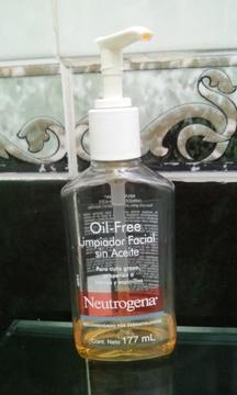 Foto de Neutrogena Oil Free Limpiador Facial Sin Aceite